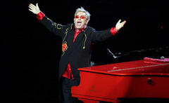 Elton John Russia gig to go ahead as planned